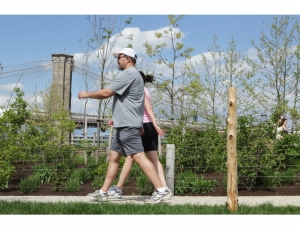 mActive study uses personalized texts, pedometers, and smartphones to increase physical activity