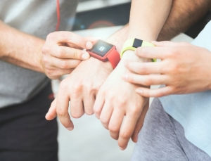 Current wearable devices provide relatively accurate measurements on heart rate but not energy expenditure